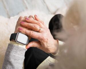 Cuál Pulsera Localizador GPS para Ancianos Comprar