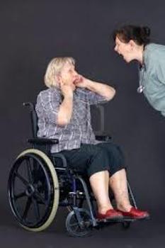 Cómo denunciar a una residencia de ancianos en España