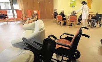 Cómo elegir una silla de ruedas para ancianos