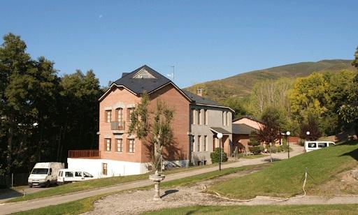 Residencia Flor y Felisa